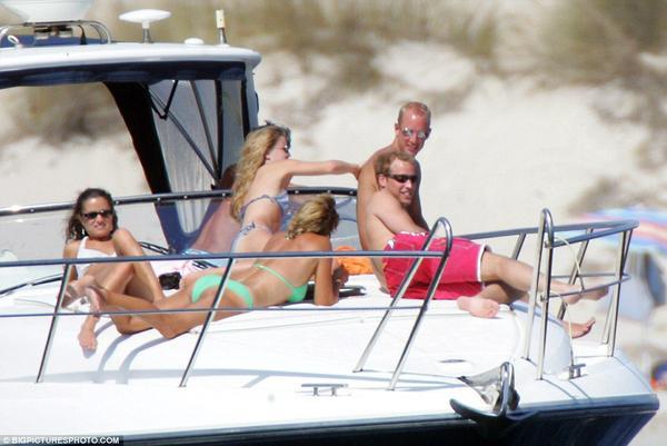 Непристойное ню брата и сестры жены британского принца Уильяма (Фото)