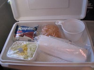 """Чем кормят в самолетах """"Трансаэро"""""""