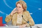 """В.Матвиенко: """"Мы травим некачественной водкой население"""""""